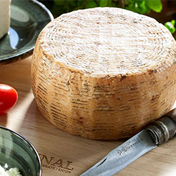 GOAT'S MILK CHEESE MATURED IN OLIVE OIL FROM MILOS ISLAND